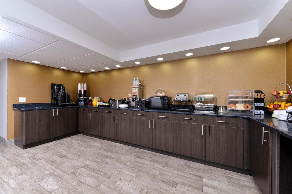 book hotels naperville best western property code