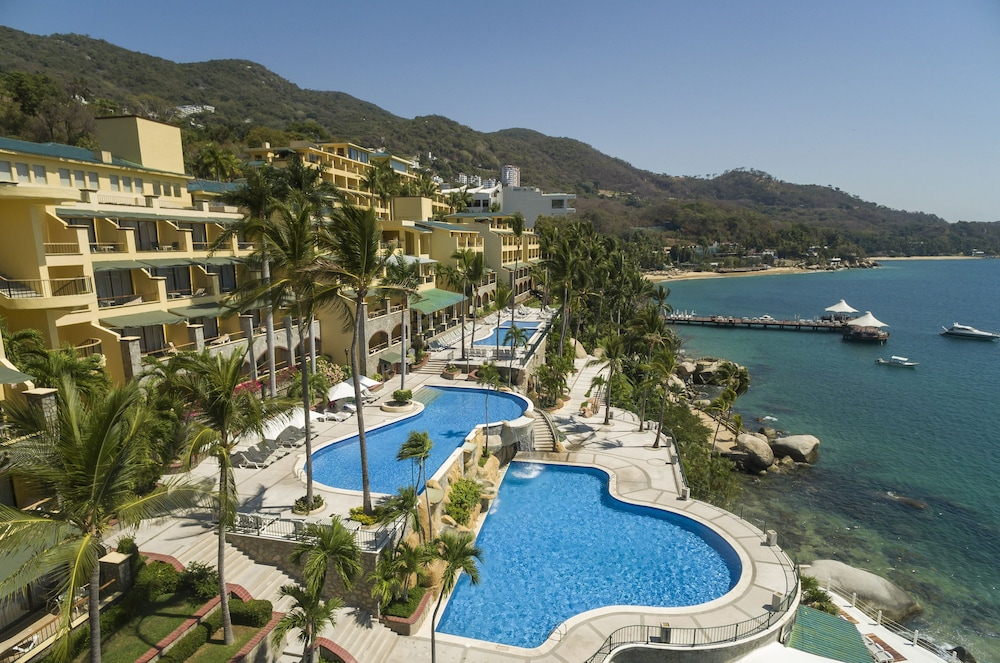 Book Camino Real Acapulco Diamante Acapulco Hotel Deals