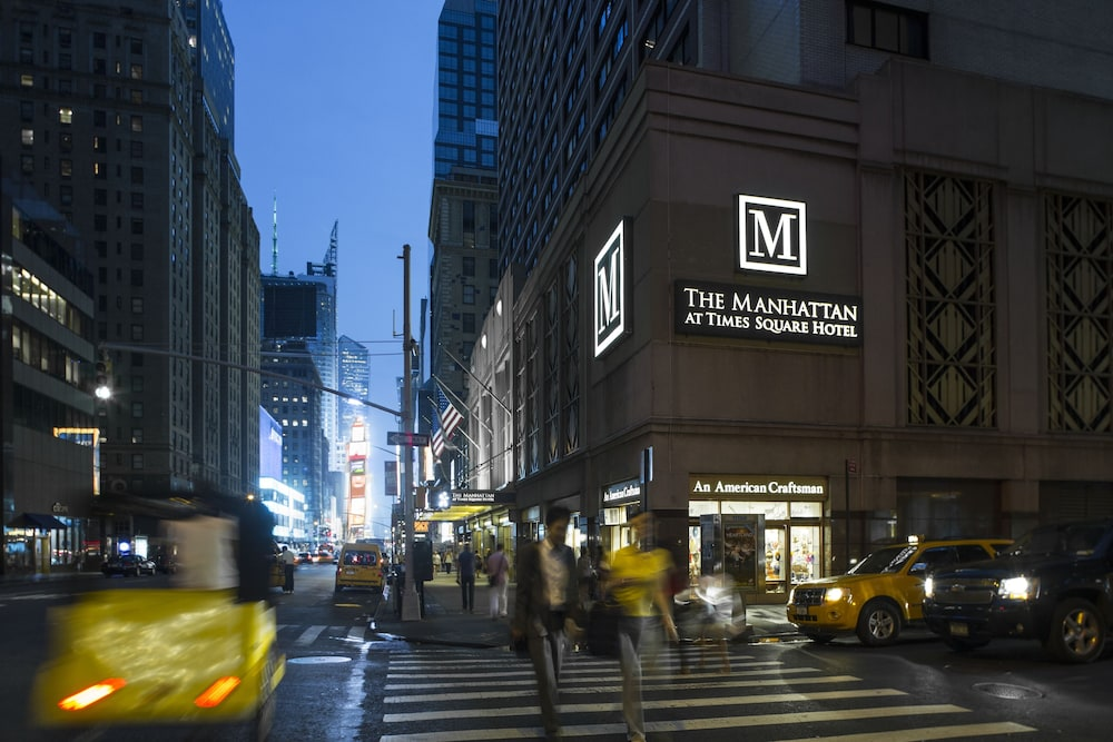The Manhattan at Times Square Hotel: 2018 Room Prices ...