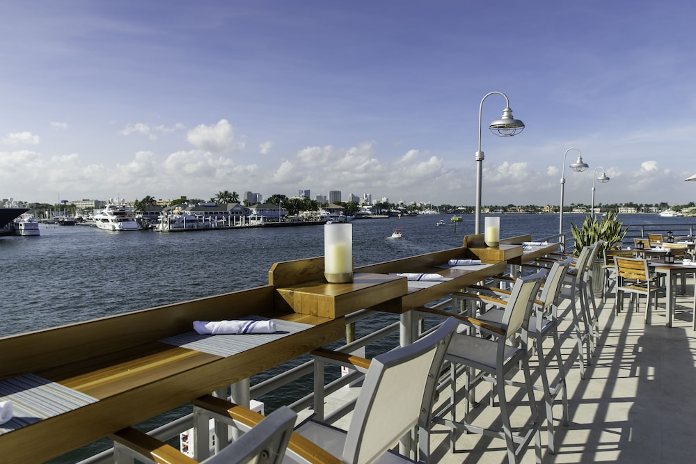 Hotels Near The Ft Lauderdale Beach With A Balcony