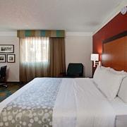 Orange county la quinta book a hotel room at the la for 2721 hotel terrace santa ana ca