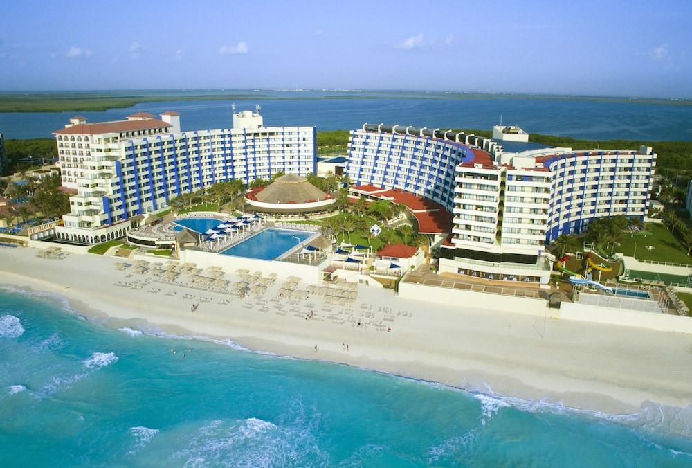 Crown Paradise Club Cancun All Inclusive Cancun Mex
