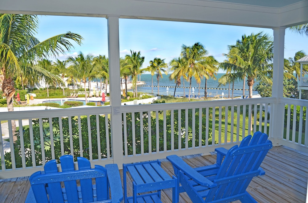 Tranquility Bay Beachfront Hotel And Resort In Florida
