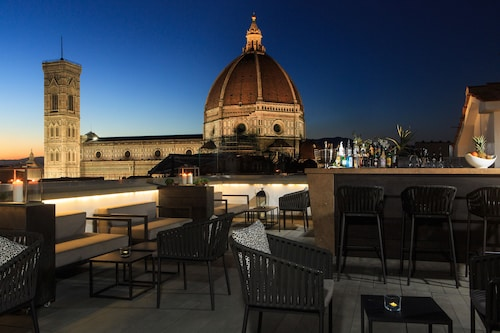 Uffizi gallery florence attraction for Grand hotel cavour