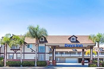Days Inn by Wyndham Long Beach City Center