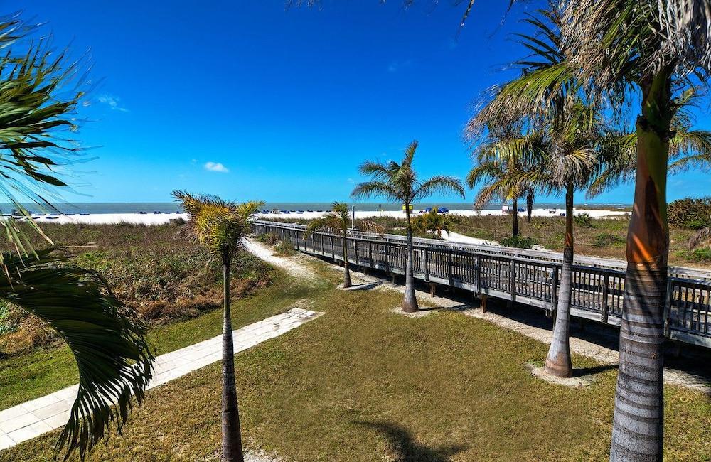 Beachcomber Hotel St Petersburg Beach Florida