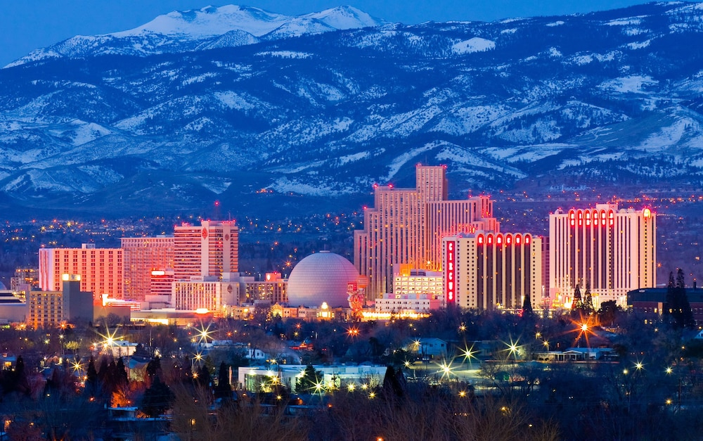 A Guide for Reno, Nevada. tanishaelrod9.cf is an easy to use resource for Reno events, Reno entertainment, wedding chapels, restaurants, Reno shows, hotels .
