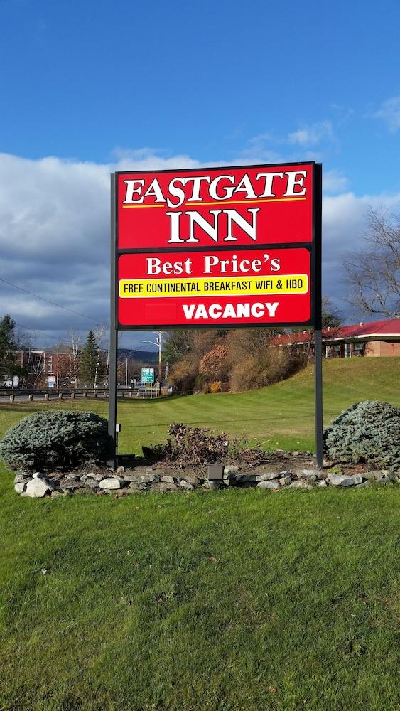 Eastgate inn in white mountains hotel rates reviews on for Eastgate motor inn littleton nh