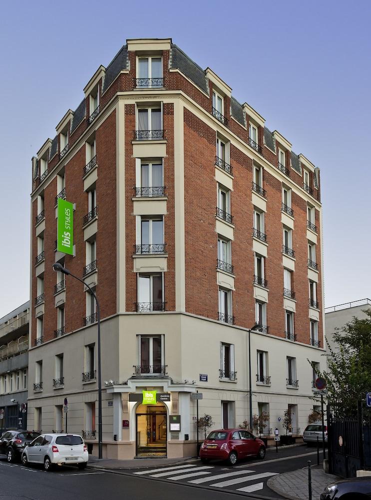Hotel Rue Du Chateau Asnieres Sur Seine