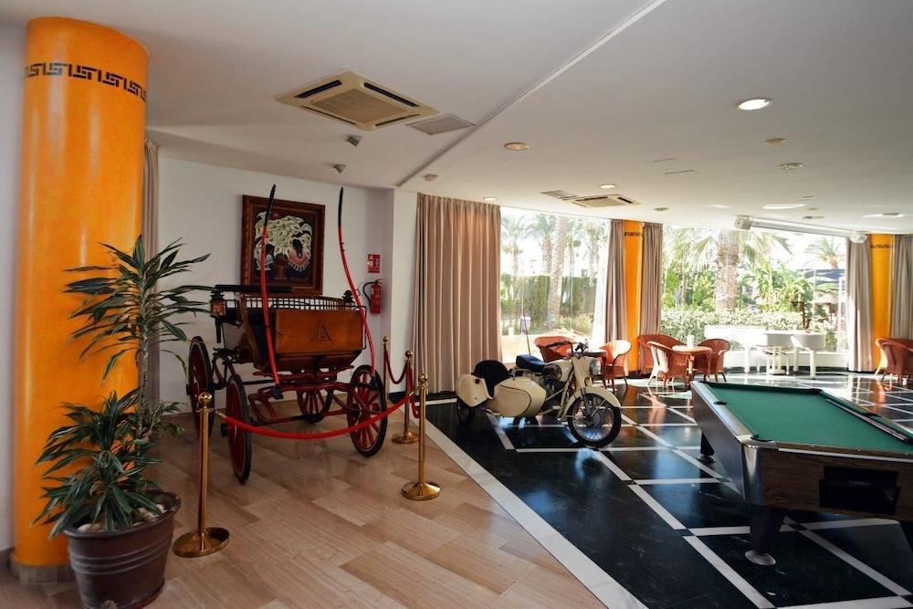 Hotel apartamentos mexico in almeria hotel rates reviews on orbitz - Apartamentos argar almeria ...