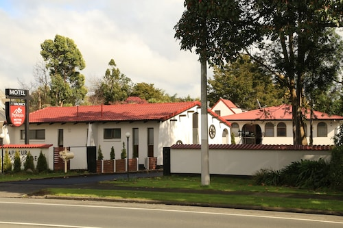 Papakura Motor Lodge & Motel