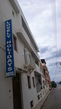 Lovely Holidays Hotel