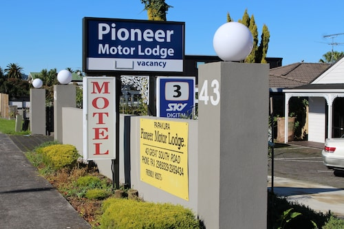 Papakura Pioneer Motor Lodge and Motel