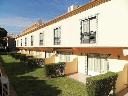 Bicos Beach Apartments By Albufeira Rent