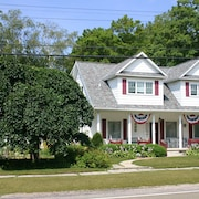 The Ludington House Bed And Breakfast