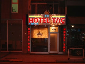 Tac Hotel