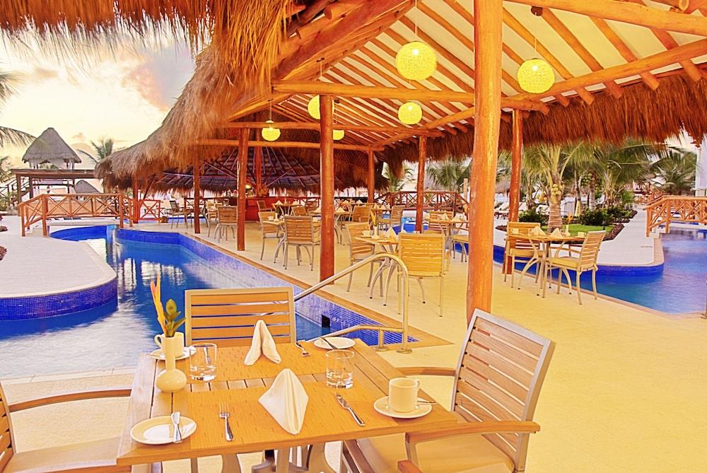 Hidden Beach Resort | Nude Resort near Cancun, Mexico