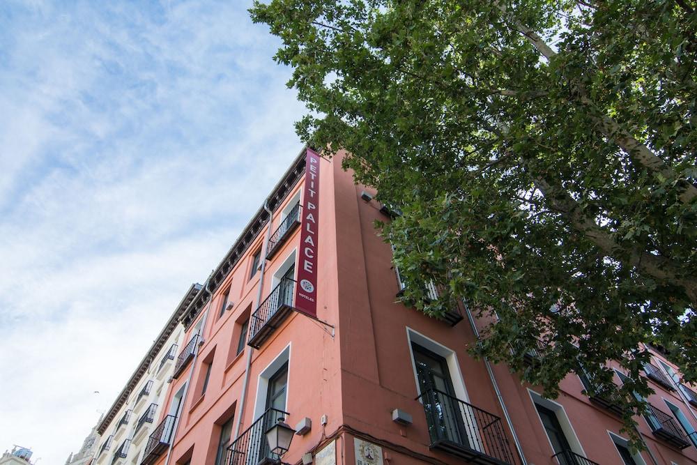Hotel Petit Palace Plaza Del Carmen 2017 Room Prices