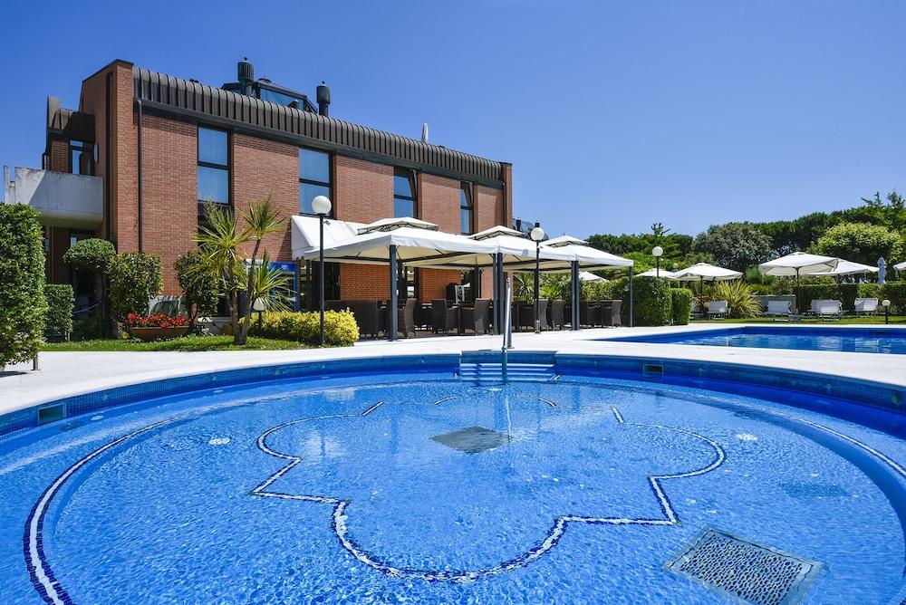 Le ville del lido venise et environs italie for Venise hotel piscine