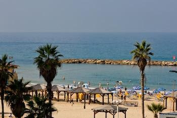 Hotel De La Mer – by Zvieli Hotels