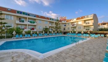 Risus Hotel Side