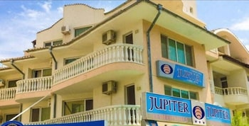 Jupiter Family hotel