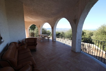 House With 3 Bedrooms in La Tozza, With Wonderful sea View and Enclose