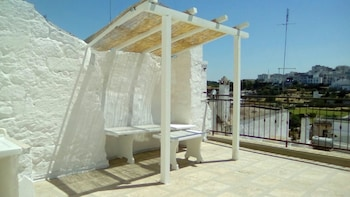 Studio in Ostuni, With Wonderful City View and Furnished Terrace - 7 k