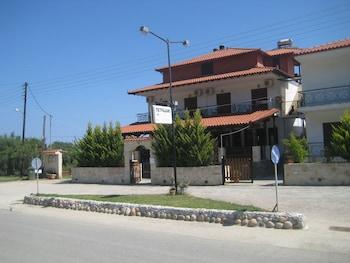 Petradaki Apartments