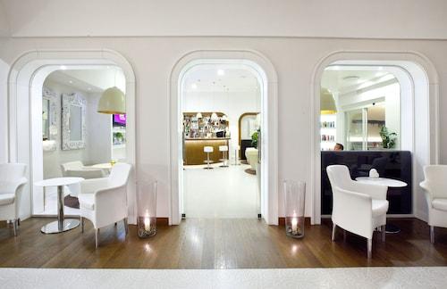 visit deep valley of the mills in sorrento expedia. Black Bedroom Furniture Sets. Home Design Ideas
