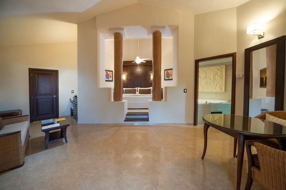 Hotel Suite Princess Rooms