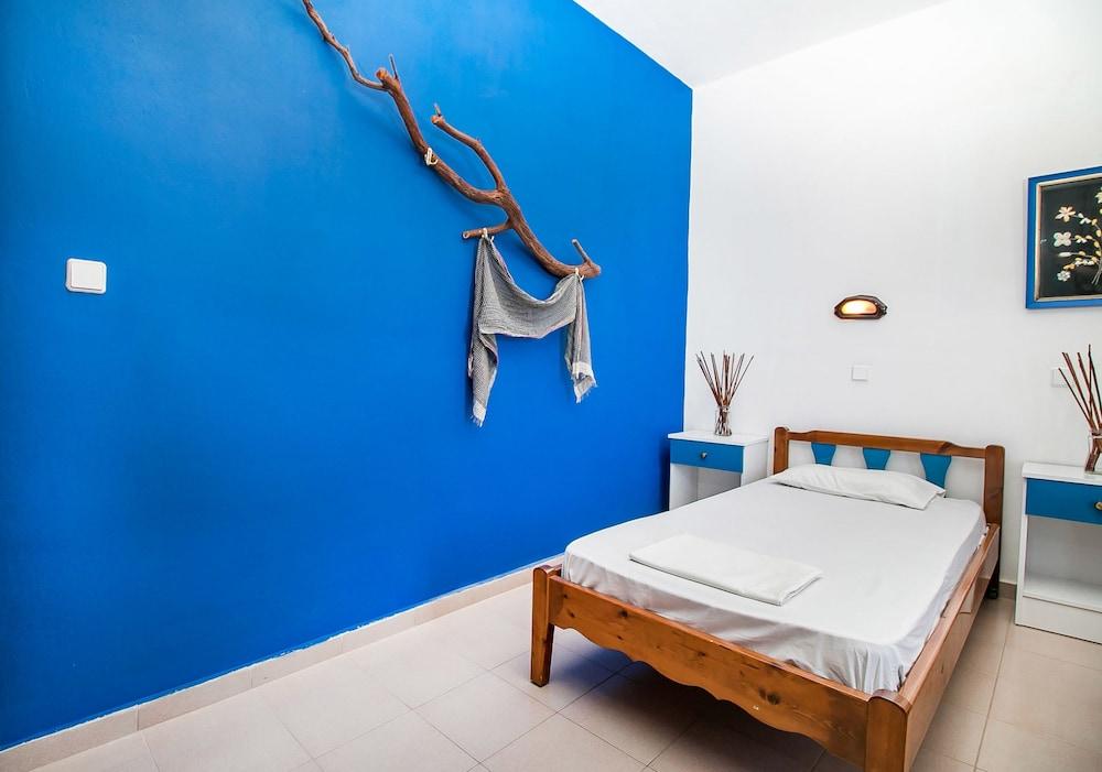Ano kampos hotel studios rhodos hotelbewertungen for Zimmer 0 studios elda
