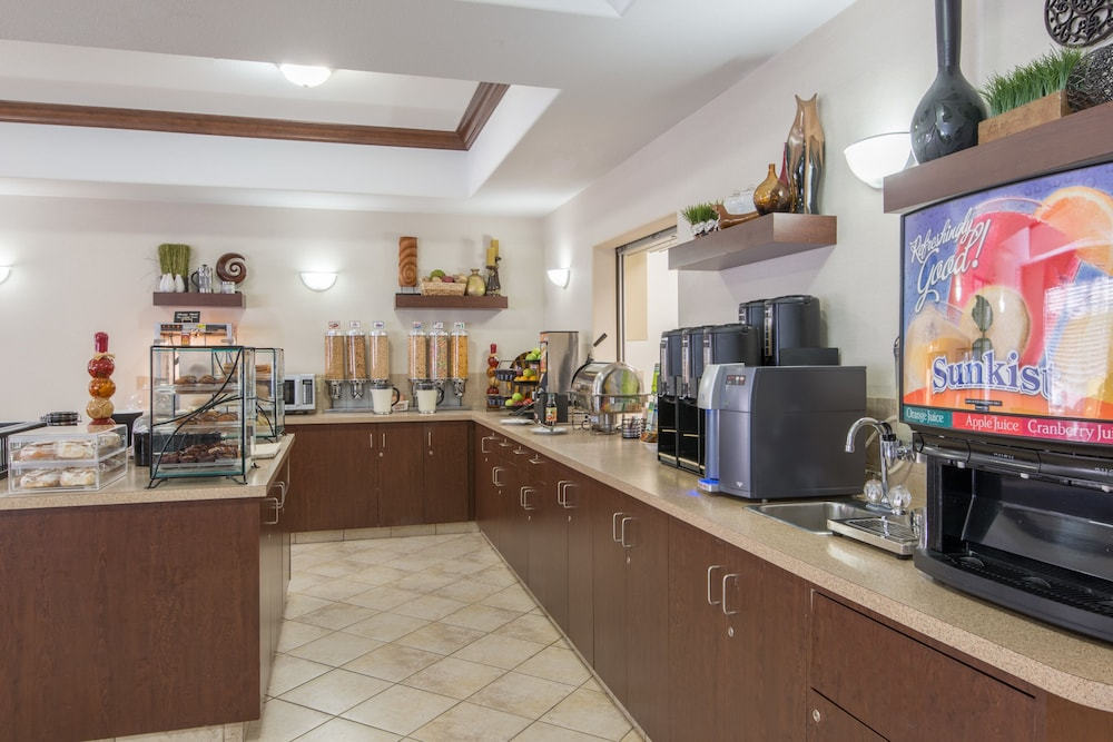 free online dating & chat in lac la biche Great savings on hotels in lac la biche, canada online  a children's playground is on site and free wi-fi is available  in a building dating from.
