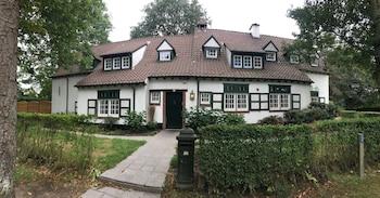 Land House Deva