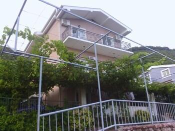 Apartmani Mitrovic Podlicak