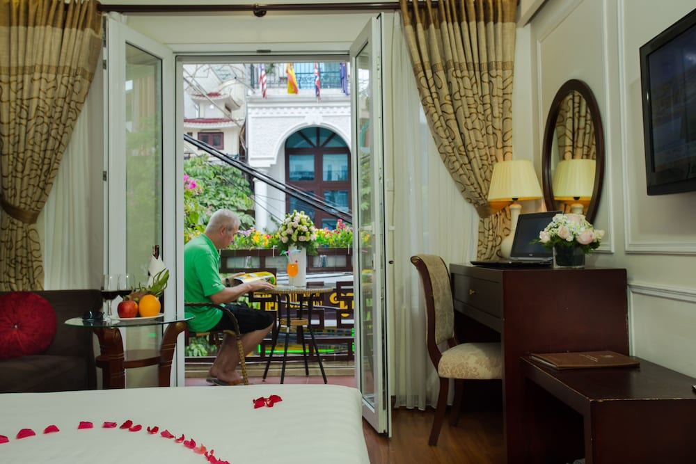 Paradise boutique hotel in hanoi hotel rates reviews for Boutique hotel 1 hanoi