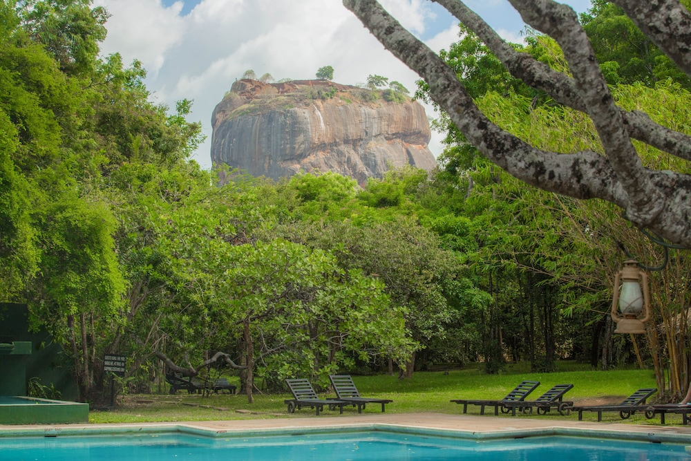 Sigiriya Village Hotel Booking