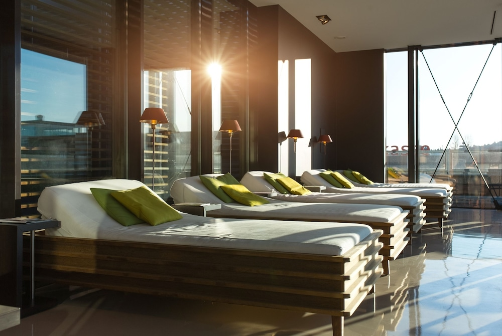Book saks urban design hotel kaiserslautern deu for Design hotel pfalz