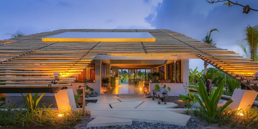 komune resort beach club bali in gianyar hotel rates reviews on orbitz. Black Bedroom Furniture Sets. Home Design Ideas