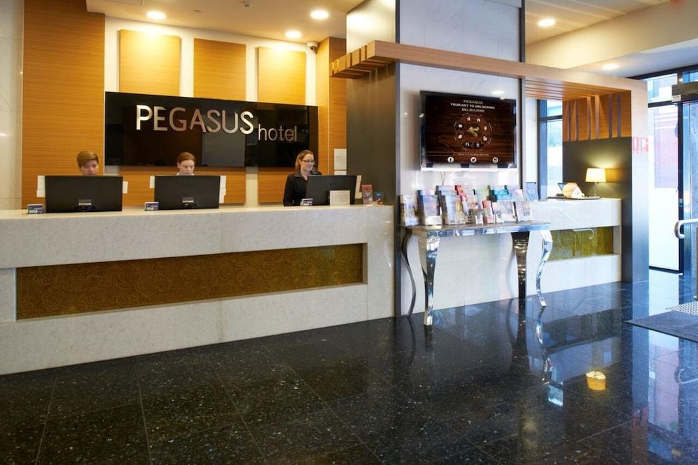 Pegasus apart hotel 2017 room prices deals reviews for Aparte hotel