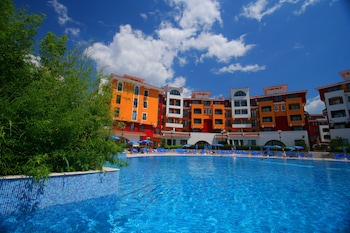 Menada Ravda Apartments