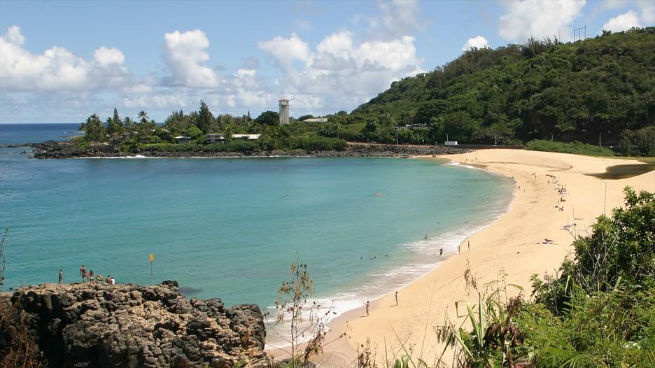 Waimea Bay In Haleiwa Hawaii Expedia