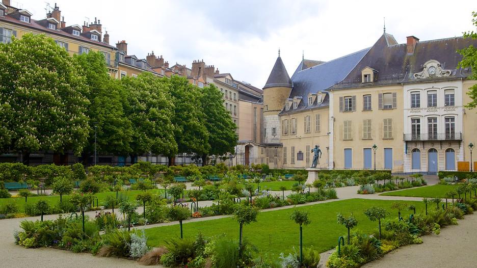 Jardin de Ville in Grenoble, | Expedia