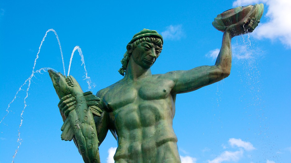 Poseidon statue in gothenburg expedia - Poseidon statue greece ...