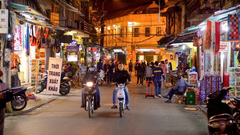 travel vietnam hanoi weekend