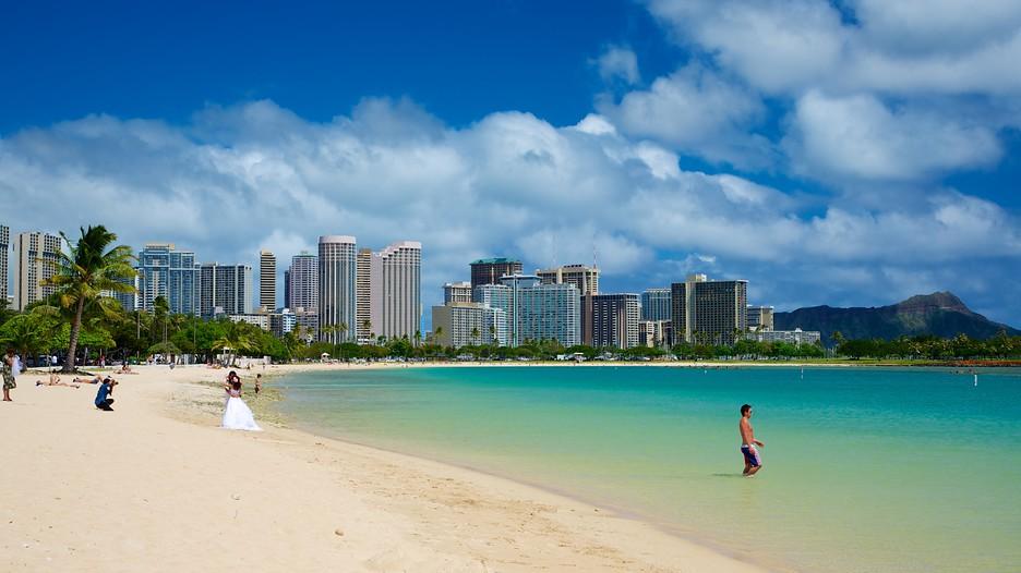 ala moana beach park in honolulu hawaii expedia