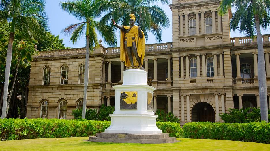Iolani Palace In Honolulu Hawaii Expedia Ca