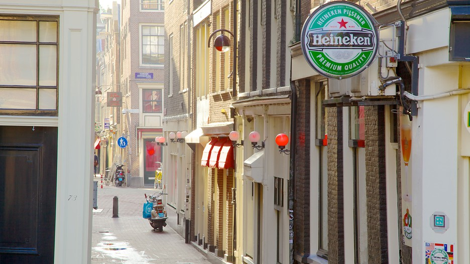 Amsterdam Hotels Close To Red Light District