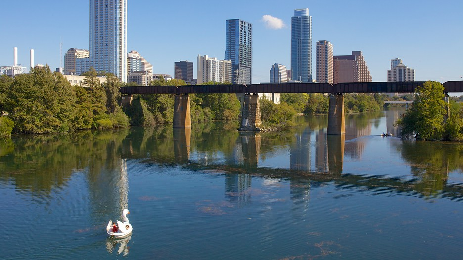 Lady Bird Lake In Austin Texas Expedia