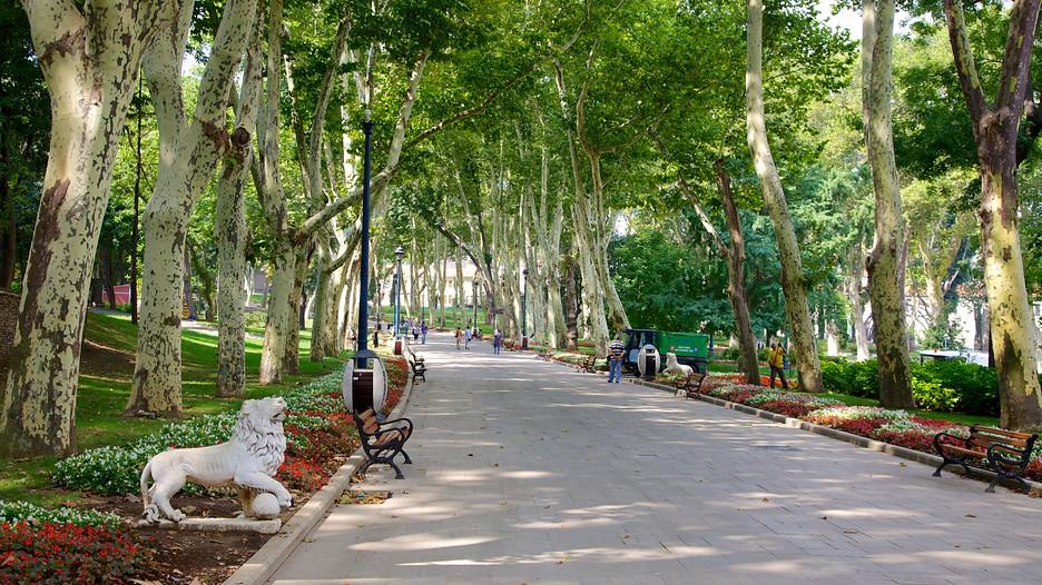 Gulhane Park in Istanbul,  Expedia.ca